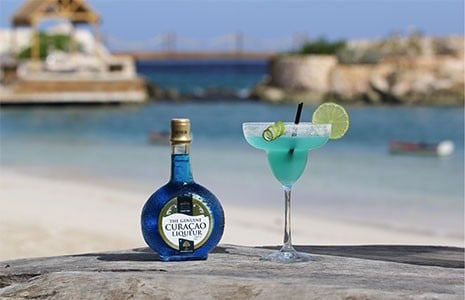 5 Best Blue Curaçao Summer Cocktails