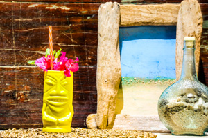 Tiki Cocktail 2